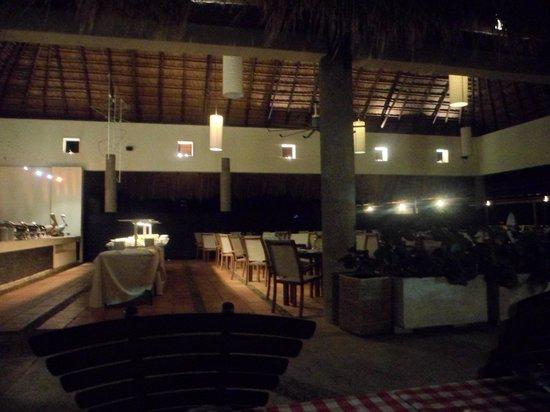 Occidental Cartagena:                   Restaurante de servicio buffet