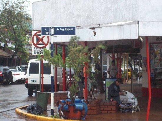 Stop Hostel Iguazu:                   Esquina