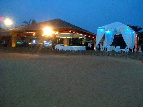 La Calypso Goa: La Shack with Gazebo Twilight View