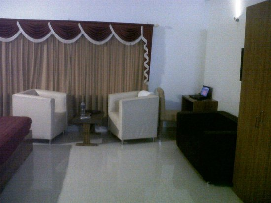Hotel The Fame :                   Living Area