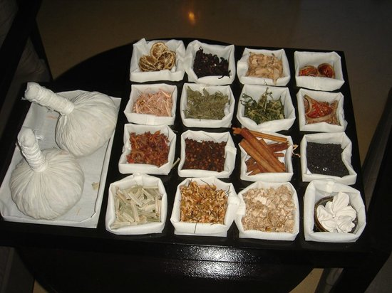 Movenpick Asara Resort & Spa Hua Hin:                   Condiments at reception