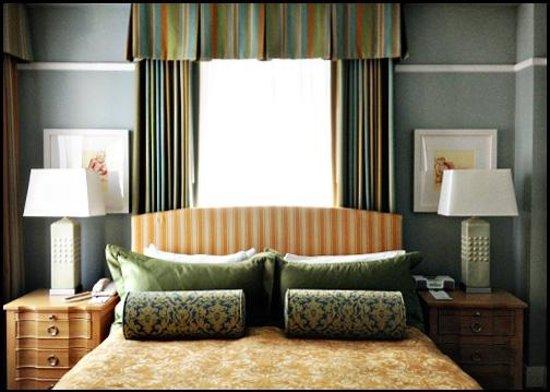 Grande Colonial La Jolla:                   Room 521 - King / Partial Ocean View