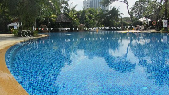 Shangri-La Hotel, Chiang Mai: Great pool