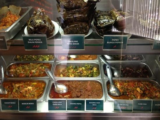 Beautika:                   마나도음식