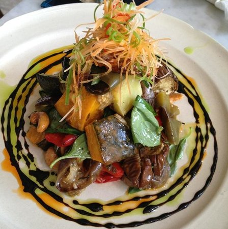 Kebun Bistro:                   Beet salad.....