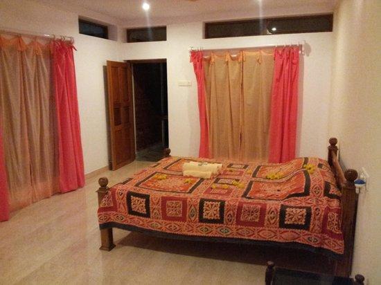 Ashiyana Cliff & Beach Resort:                                                       all rooms are big