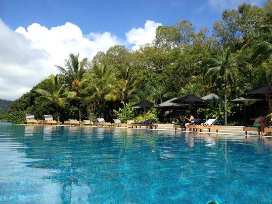 Qualia Resort: Pebble Beach pool