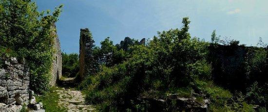 Kanfanar, Κροατία:                   dvigrad