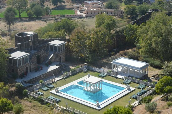 Karni Fort Bambora:                   view of pool from room