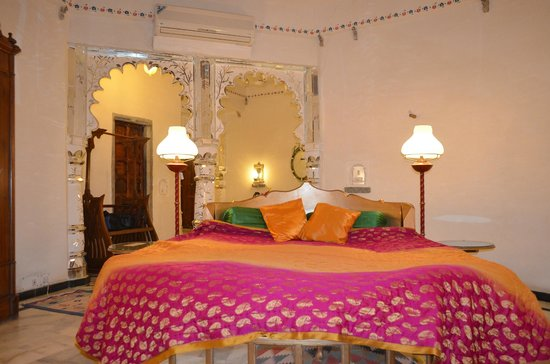 Karni Fort Bambora:                   royal suite