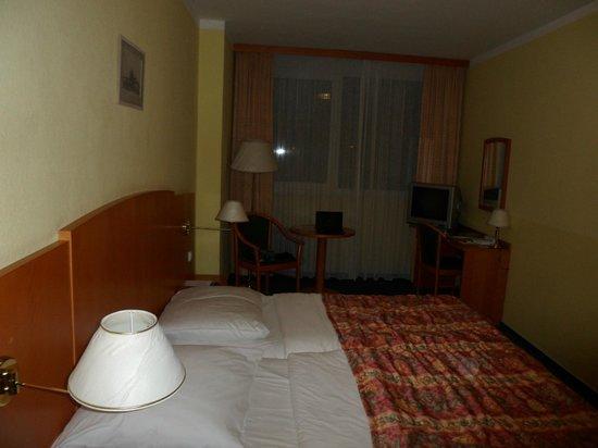 Orea Hotel Pyramida:                   Номер