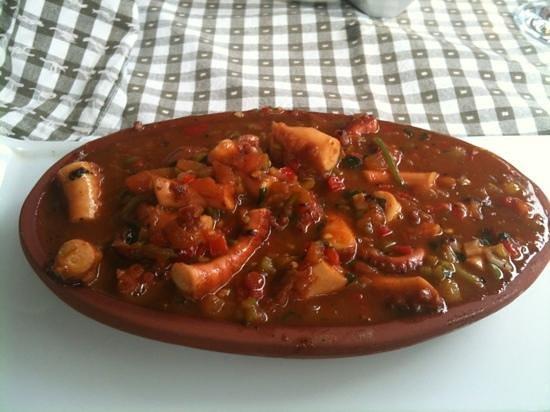 Sakiz Restaurant:                   Cretan Octopus