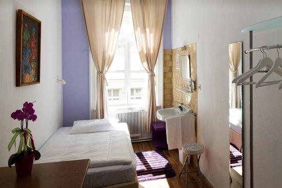 Time Out City Hotel Vienna: Nostalgie & Eco Einzelzimmer
