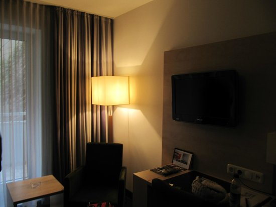 Senator Hotel:                   дабл