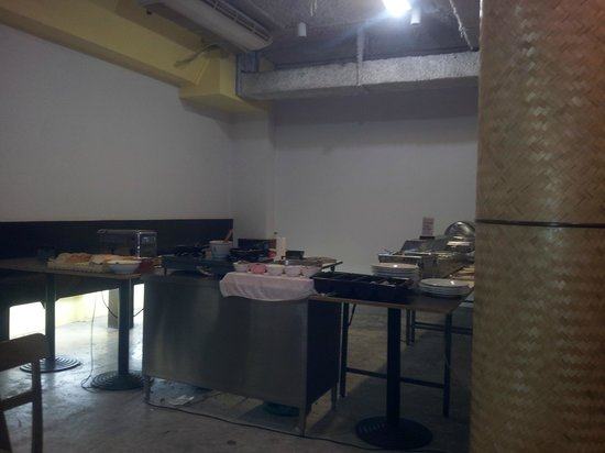 """Legacy Express Sukhumvit by Compass Hospitality:                   So called """"Restaurant"""""""