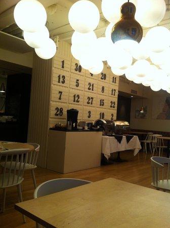هوتل ريكيافيك سينترم:                   Restaurant                 