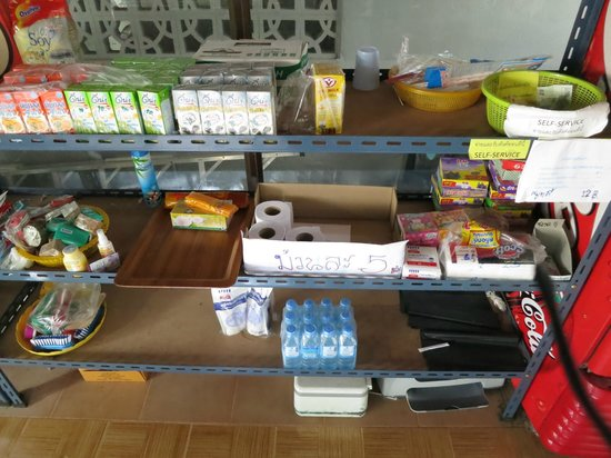 Wat Umong:                   Selling of daily needs in the centre