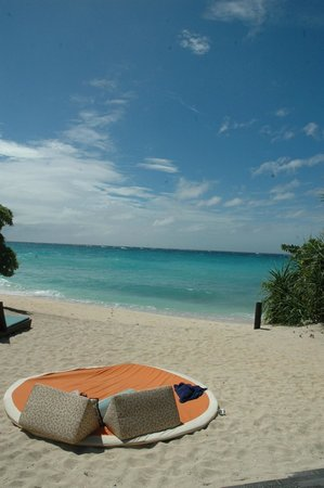 Shangri-La's Boracay Resort & Spa:                   Look at the colour of the water from Villa 13