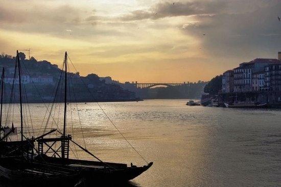 Pestana Porto Hotel:                   Douro river porto