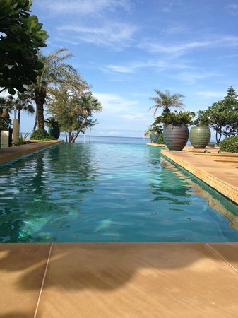 Movenpick Resort and Spa Karon Beach Phuket:                   The Residence Pool
