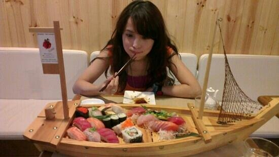 Yume Japanese Restaurant:                   sashimi boat, it's huge!