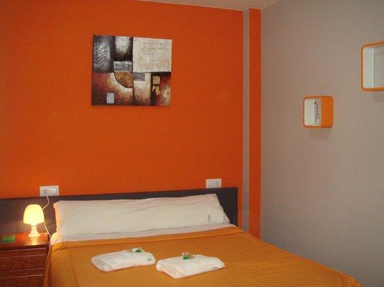 Hostal Escala Luna: Room