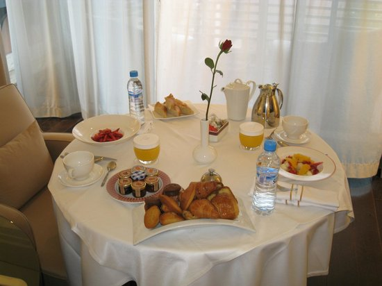 Hotel & Ryads Barriere Le Naoura:                   PETIT DEJEUNER, EXCELLENT !