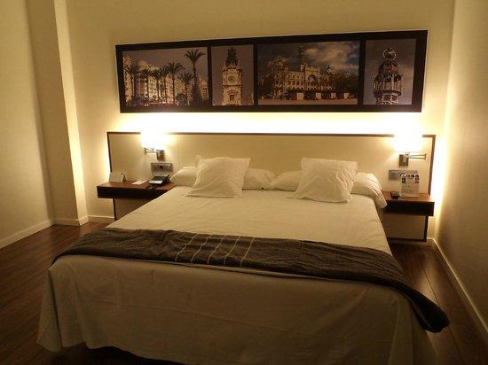 Primus Valencia:                   Room