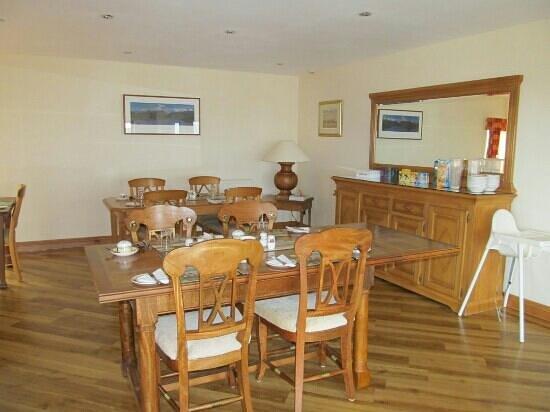 Bankhead Farm:                   Dining room