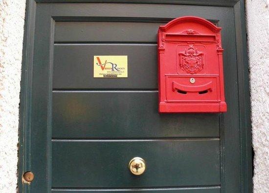 Venice Resorts:                   Eingangstüre zu den Zimmern