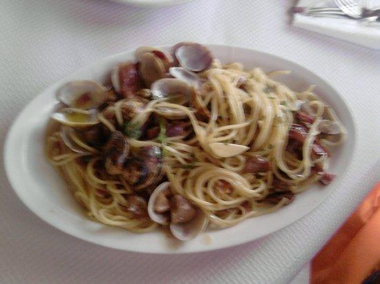 Ristorante Pizzeria '85: spaghetti con vongole