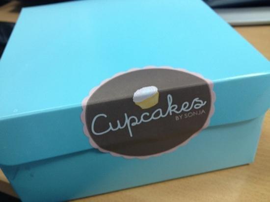 Cupcakes by Sonja: box
