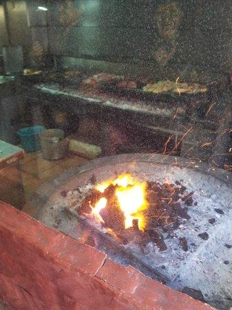 La Rueda:                   grill