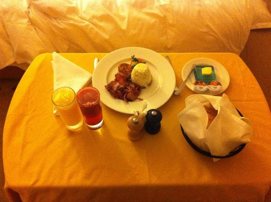 Sankara Nairobi: breakfast in bed