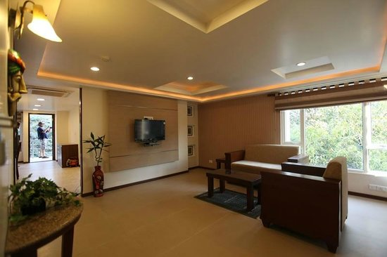 Brunton Heights Executive Suites: Room / Suite