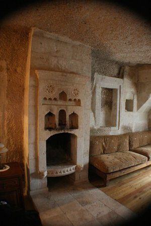 Taskonak Hotel:                   Fireplace - Love Valley room