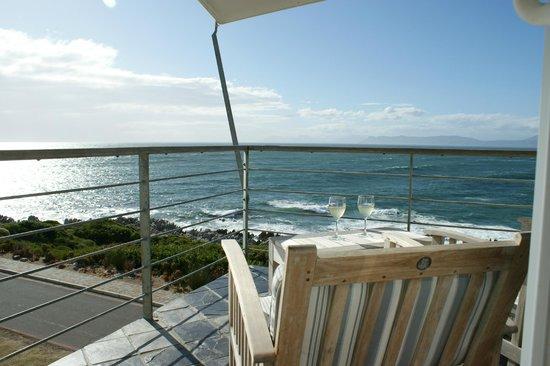 Whalesong Lodge: Aussicht vom Balkon
