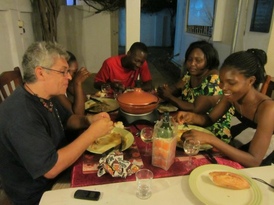 Entre amis picture of restaurant cote sud lome for Dinner entre amis