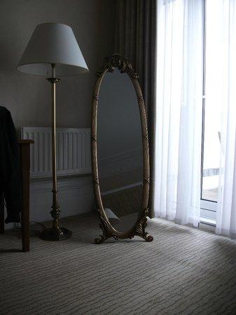 Mercure Brighton Seafront Hotel:                   Superior room