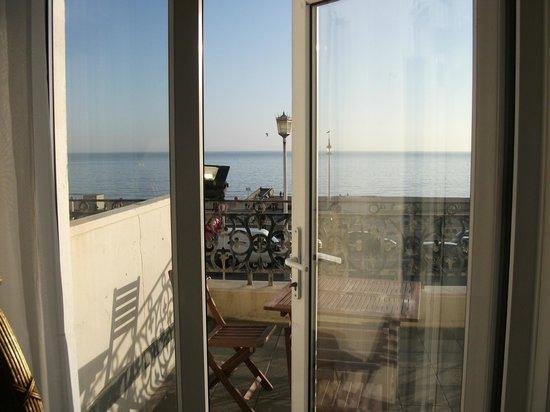 Mercure Brighton Seafront Hotel:                   Balcony