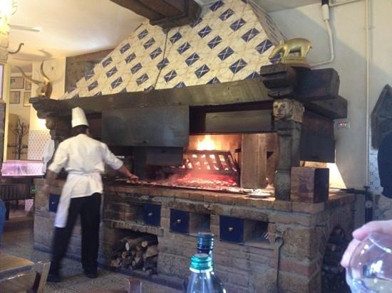 Hotel La Bettola del Buttero:                                     fiorentina in cottura