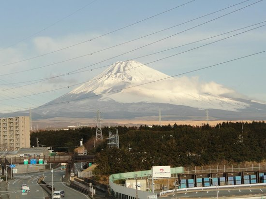 Hotel Route Inn Susono Inter:                   Yup, that's Mt. Fuji