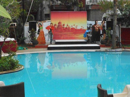 Phoenix Park Inn Resort:                   Stage ready for Friday Gala Dinner
