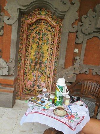 Kori Bali Inn:                   Roomdoor