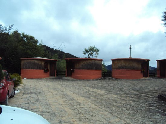 """Hotel Fazenda Vitoria Garden:                   """"Ocas"""" - quartos separados da sede"""