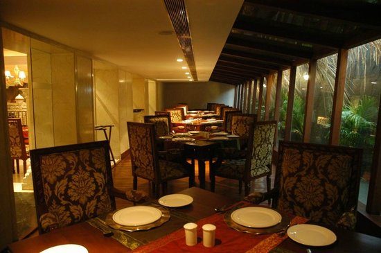 S Hotel: Private Dining Room at Swadh Desi Restaurant