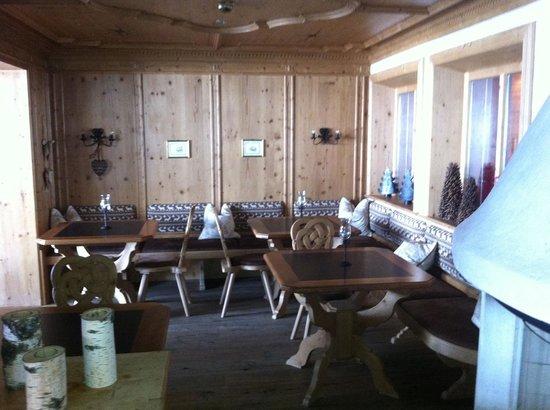 Hotel Auriga:                   nette Sitzecke für kleine Speisen oder gemütliche Gespräche