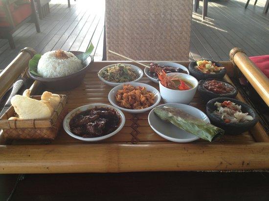 Garpu Restaurant :                                                                         Dinner