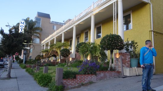 Coral Sands Motel: hotel