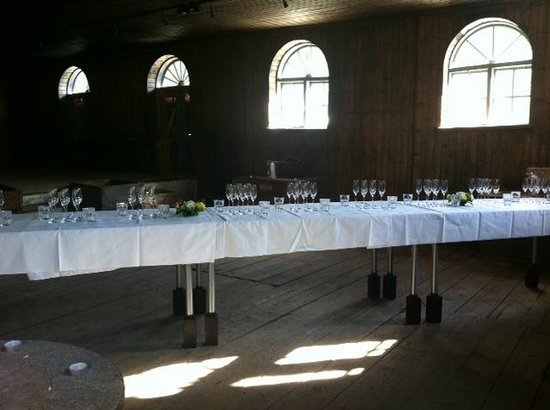 Kruununmylly: Champagne tasting in the old mill museum
